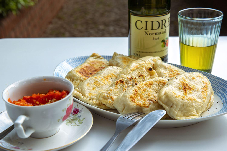 Teigtaschen mit Tofu und Aubergine